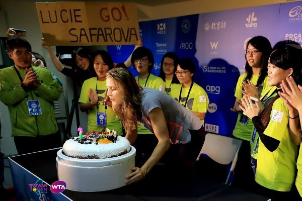 Lucie Safarova turns 30 and gets back into top 50