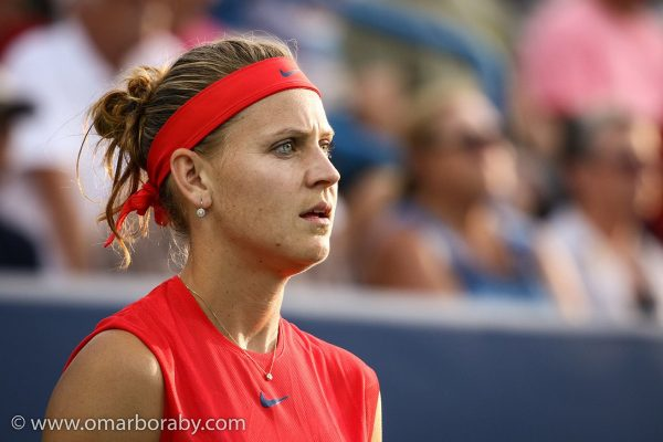 Lucie Safarova met Sloan Stephens for the second time within a week and it unfortunately led to the same outcome: despite a tight match, she lost her R1 match (4-6, 6-7).