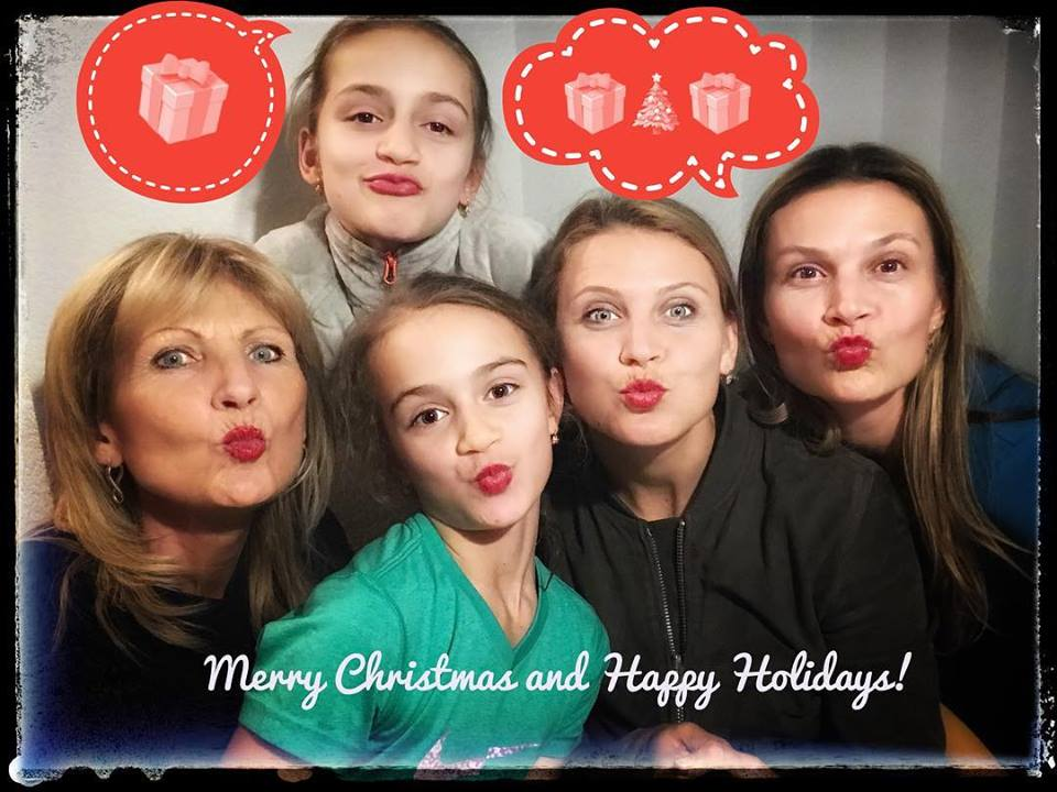 Merry Christmas & Happy New Year 2018 #TeamSafarova