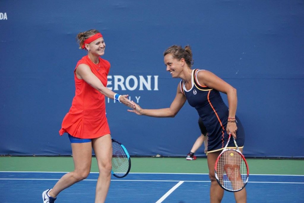 Lucie Safarova and Barbora Strycova reach the quaterfinals in Toronto